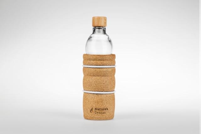 Reseptejä ja treenejä: lasinen juomapullo