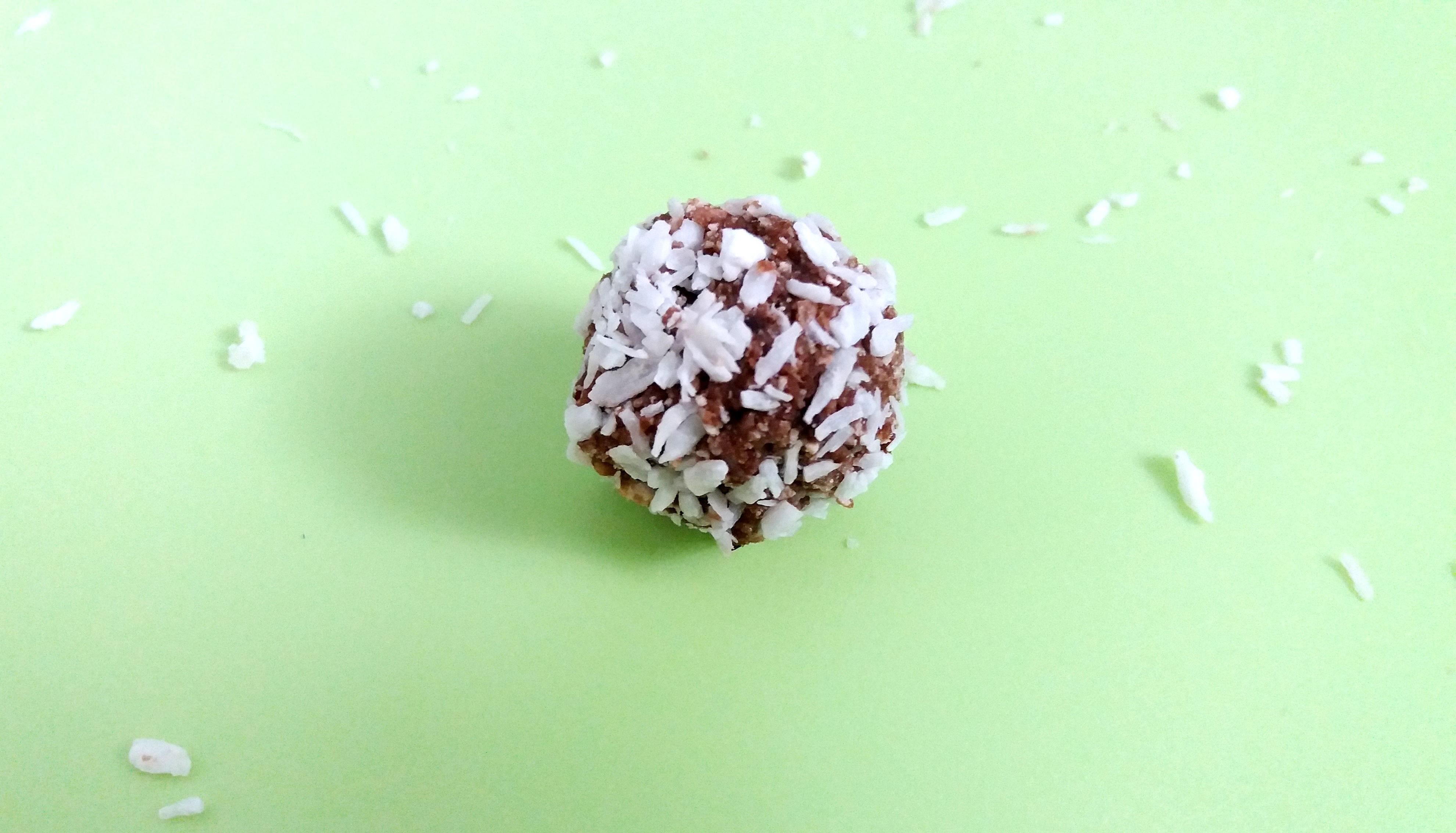 Reseptejä ja treenejä: Helpot ja herkulliset rommipallot (gluteenittomat, maidottomat)